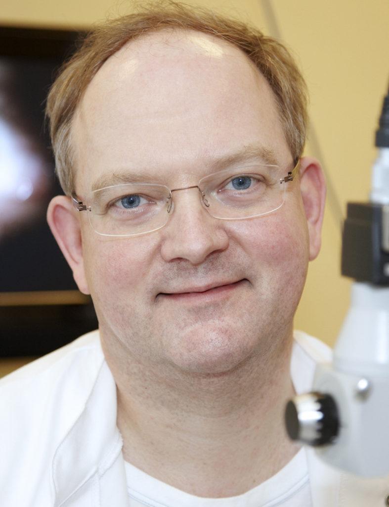Øjenlæge modtager medicinsk hæderspris