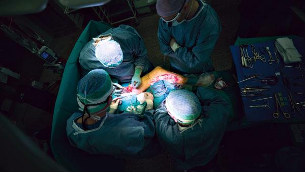 Operationer forebygger amputationer og død