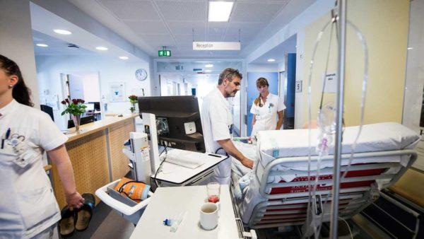 Overlæge: »Der er helt klart stadig alt, alt for mange patienter her på medicinsk afdeling«
