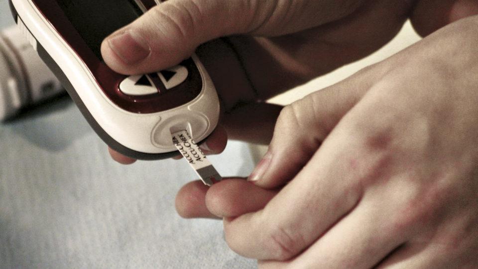 Ny aftale i Aarhus betyder, at borgere selv kan betale for en flash glukosemåler