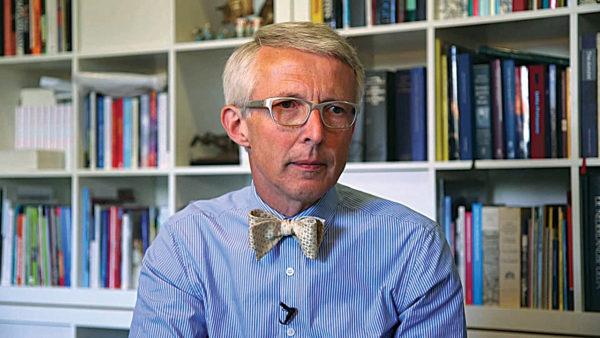 Professor: »Frygten for døden får læger til at undgå ældre patienter«