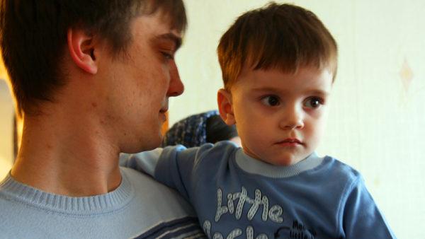 Familier med kronisk syge børn får hjælp