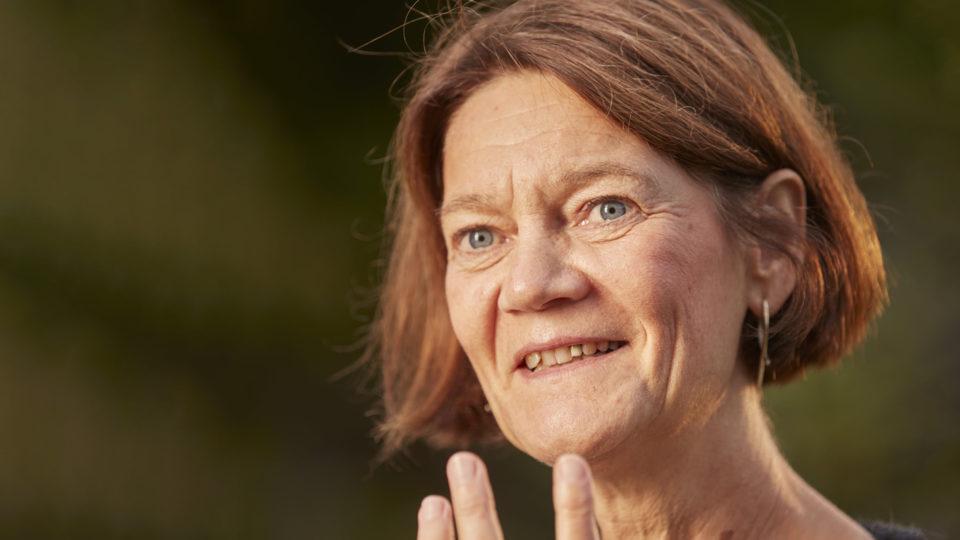 Ny professor sætter fokus på sygeplejersker i ældreplejen