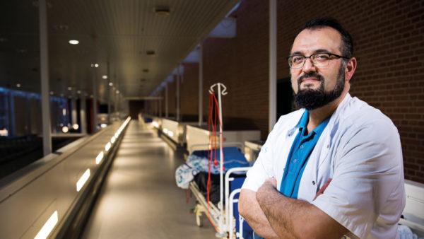 Ismail Gögenur, overlæge