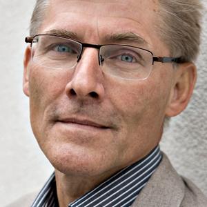 Jes Søgaard må sige farvel til fusioneret institut