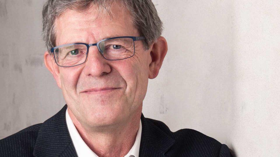Svend Hartling