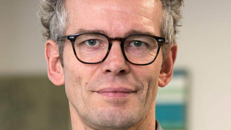 Jens Meldgaard Bruun, overlæge og professor
