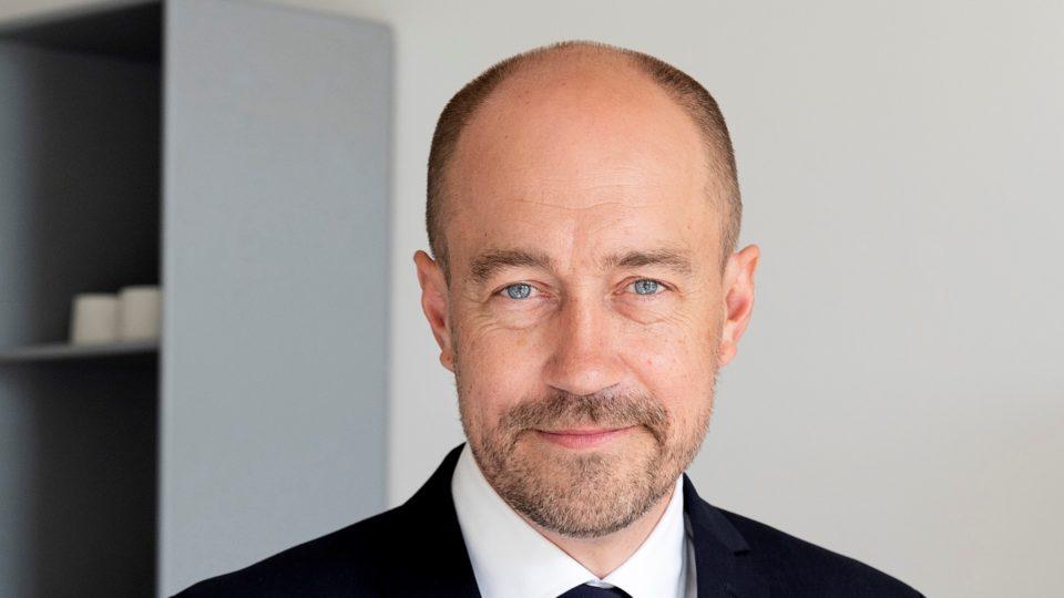 Heunicke giver opsang til industrien: Lægemiddelvirksomheder har også et ansvar